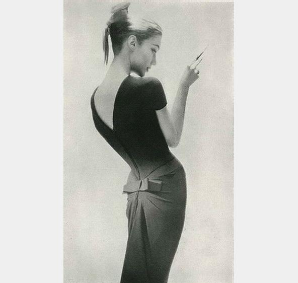 Harpers-Bazaar-1956-Lillian-Bassman