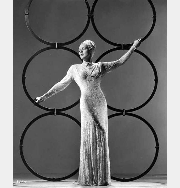 rita-johnson-fashion-1941