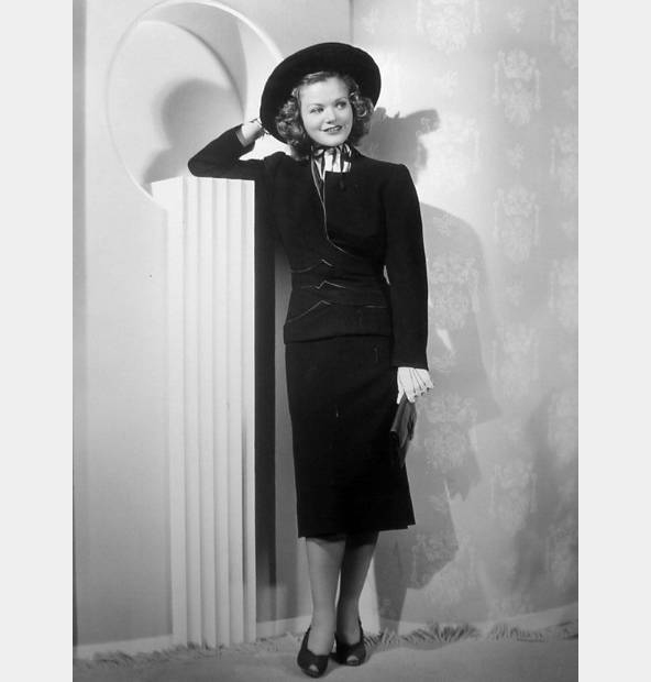simone-simon-josette-fashion-1938